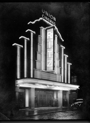 Ritz Cinema, Barnsley, England. Courtesy of The Cinema Museum, London